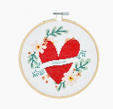 DMC Counted Cross Stitch Kit - Extra Value - Heart