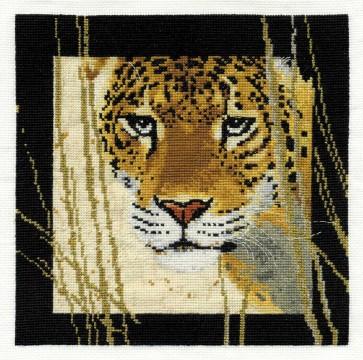 DMC Cross Stitch Kit - Pollyanna Pickering - The Watcher
