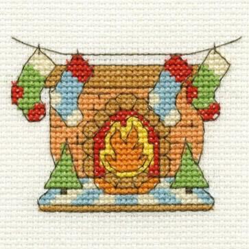 DMC Cross Stitch Kit - Mini Christmas Kit - Fireplace