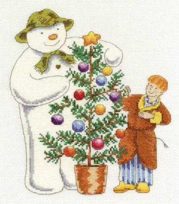 DMC Cross Stitch Kit - Christmas - The Snowman And James At Christmas