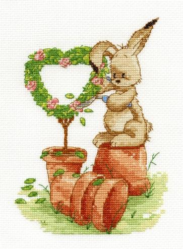 DMC Cross Stitch Kit - Woodland Folk - Gardening Time