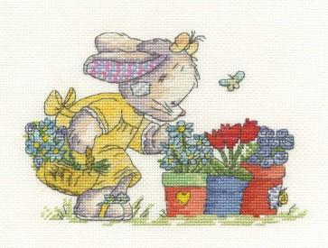 DMC Cross Stitch Kit - Somebunny To Love - Collecting Flowers
