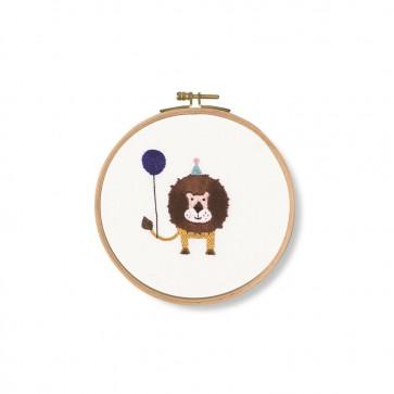 DMC Printed Embroidery Kit - Pet's Party - Roar! Lion
