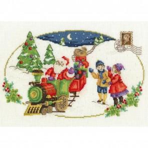 DMC Cross Stitch Kit - Vintage Christmas - Santa Is Coming