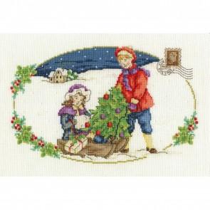 DMC Cross Stitch Kit - Vintage Christmas - The Christmas Tree
