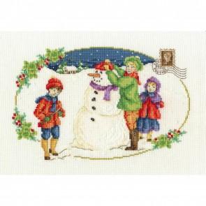 DMC Cross Stitch Kit - Vintage Christmas - Building a Snowman