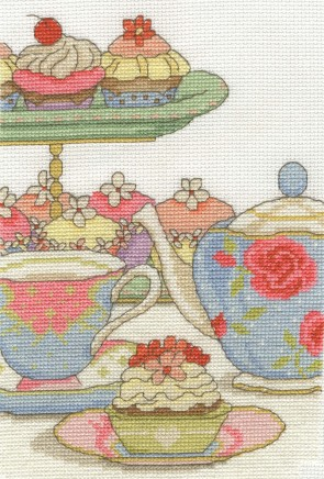 DMC Cross Stitch Kit - Afternoon Tea - Cupcake O Clock
